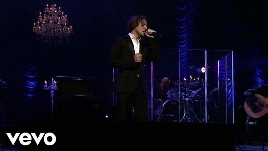 Y Si Fuera Ella (Versión Acústica / Una Noche En El Teatro Real / 2011)